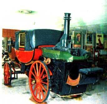une voiture à vapeur