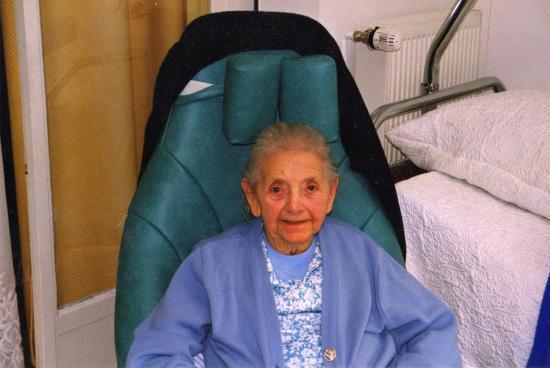Suzanne 90 ANS, ma belle-mère que j'ai soignée chez moi pendant 5 ans;