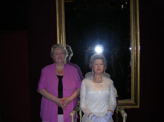 la Reine Elibabeth d'Angleterre et moi