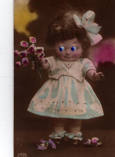 une poupée ancienne