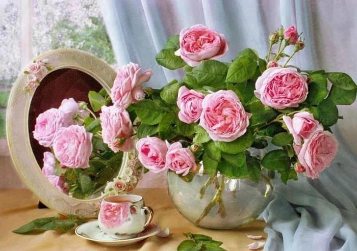 roses-roses-et-tasses-avec-roses-1.jpg