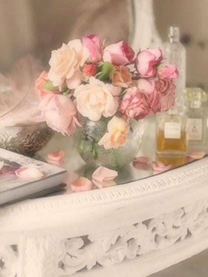 rosesbll.jpg