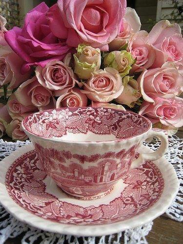 rosesettasse.jpg