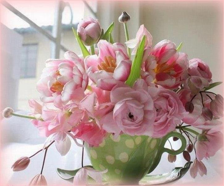 rosesvasevert.jpg